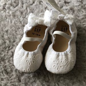 Lace baby slip ons